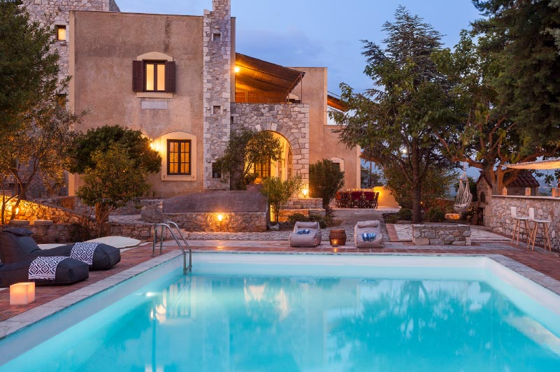 Mdesigners-webdesign-branding_olive-villas-rentals-image-5-villa